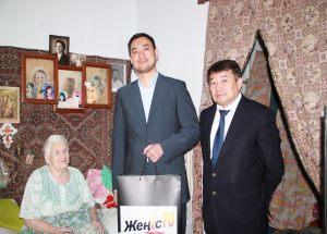 Сотрудники ТОО «АлматыЭнергоСбыт» поздравили ветеранов  с Днем Победы